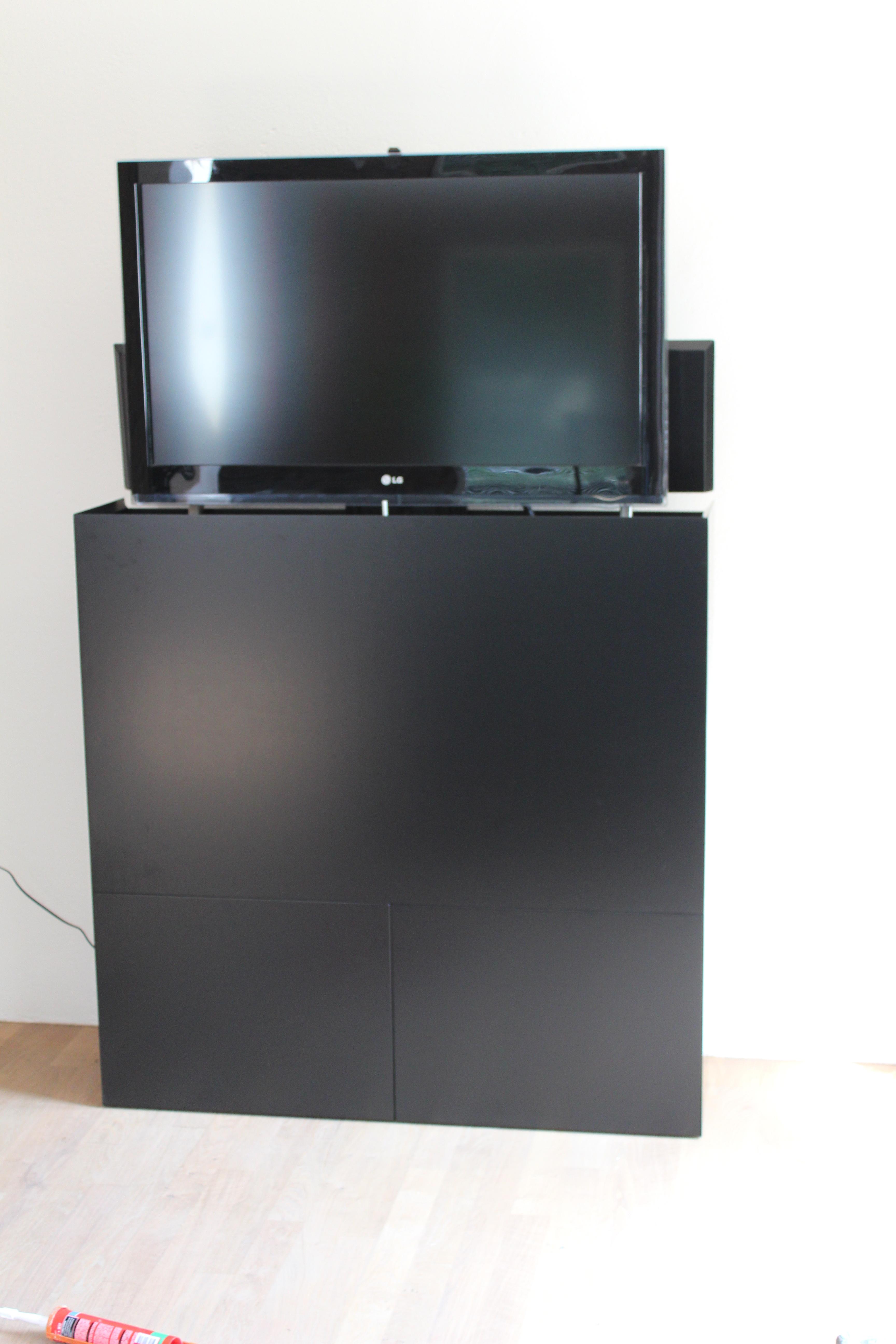 Genoeg TV kast met lift · Meubelmakerij Mark YU86