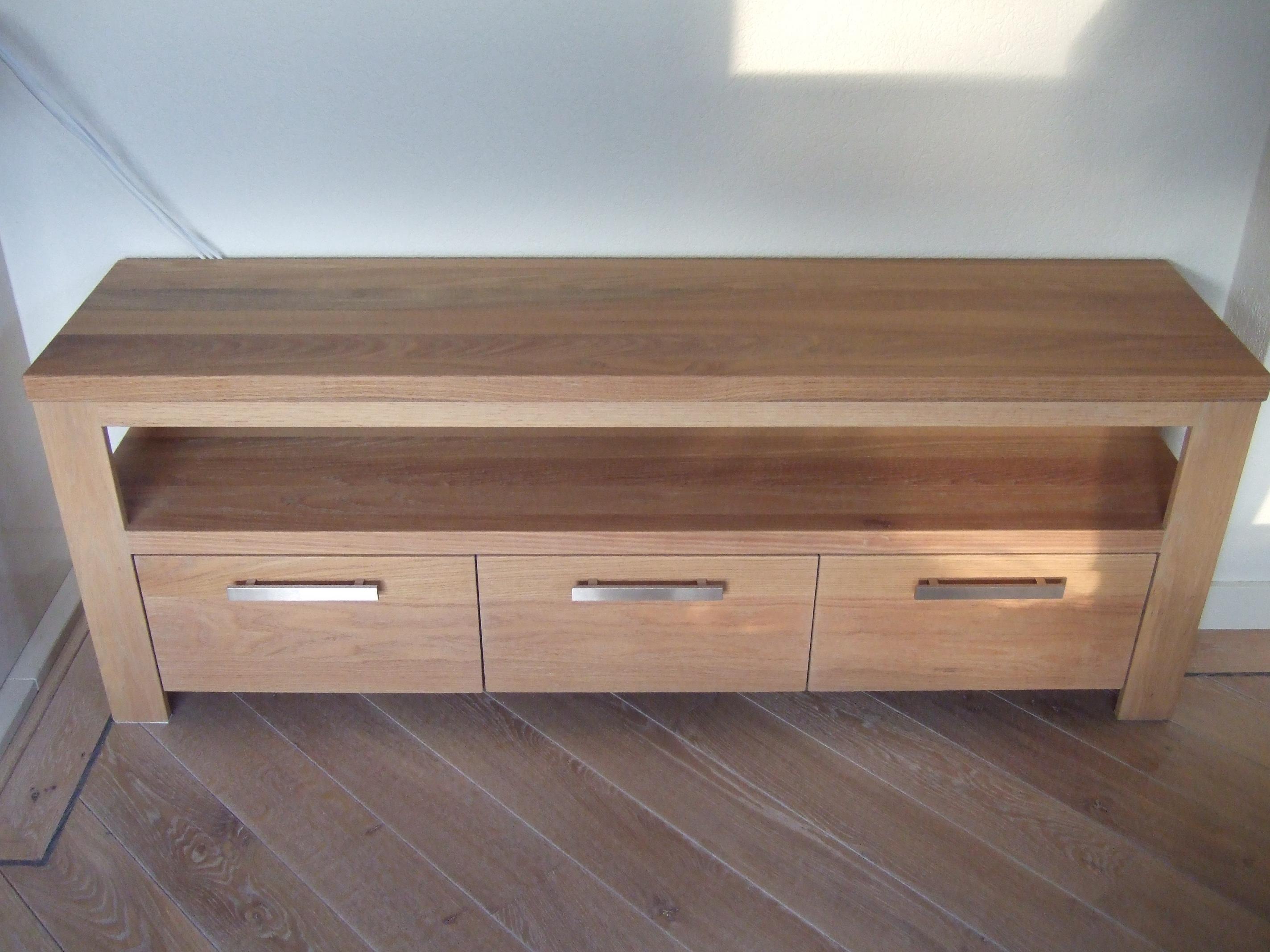 Hergebruik oude meubels · meubelmakerij mark